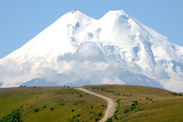 Travel to mount Elbrus with Abraham Hulzebos